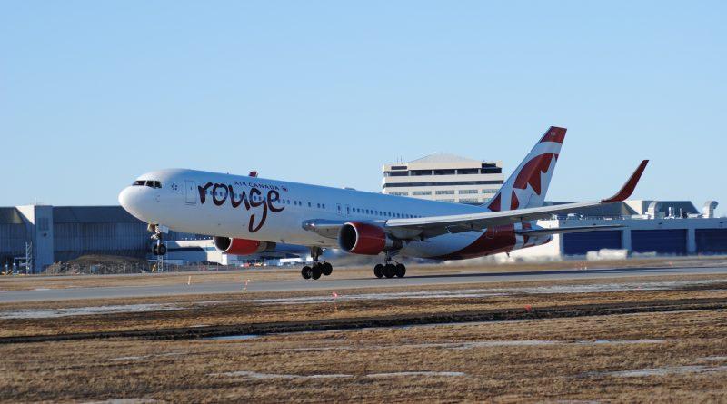B767-200 d'Air Canada Rouge