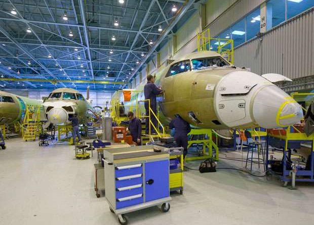 Chaine d'assemblage du Q400 de Bombardier