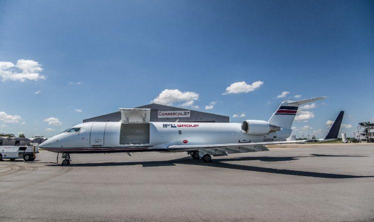 CRJ-200-SF