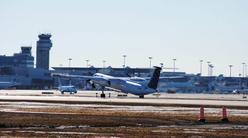 Q400 Porter Airlines au décollage