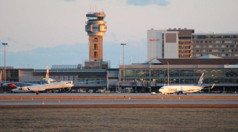 Fin de journée à l'aéroport de Montréal