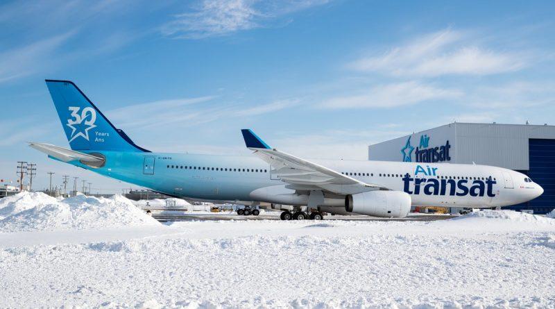 A330-300 d'Air Transat arborant le livrée 30e anniversaire