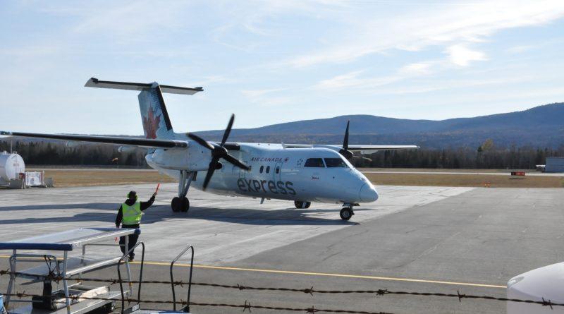 Dash-8 à Gaspé