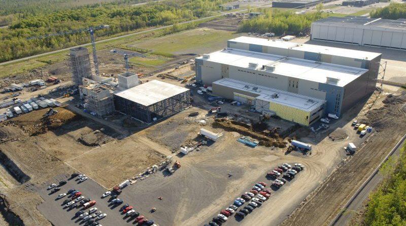Construction de l'usine Pratt & Whitney de Mirabel