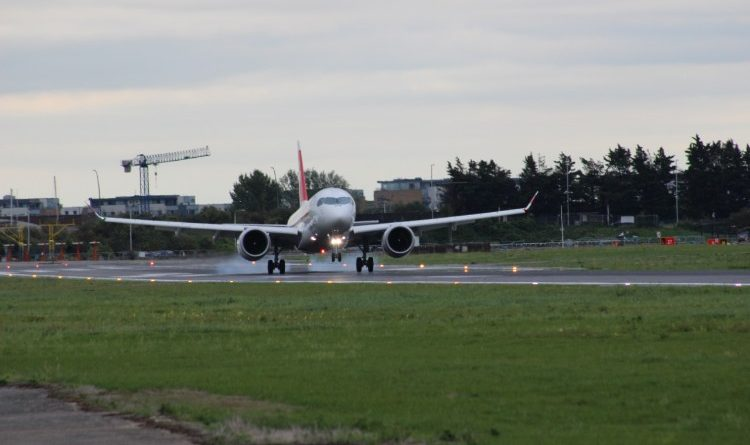 CS100 de Swiss à l'aéroport de London City