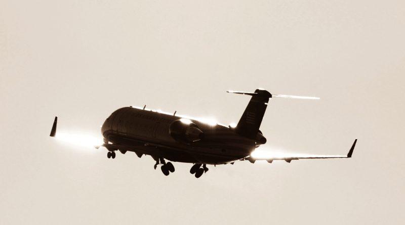 CRJ200-1