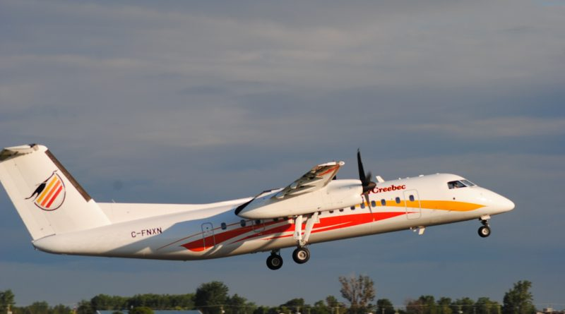 Dash-8 d'Air Creebec au décollage