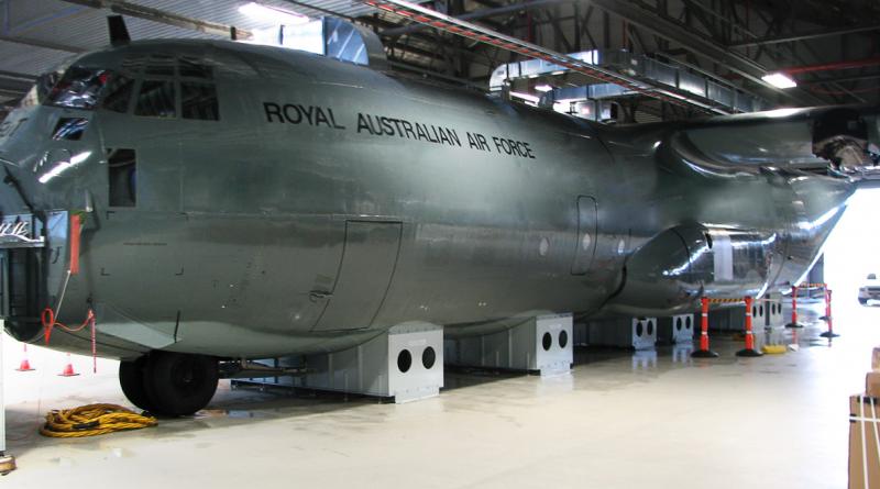 Entrée en service d'un dispositif d'entraînement aux opérations d'arrimage et de largage C-130J