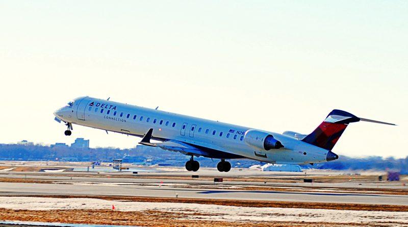 Delta Airline CRJ900