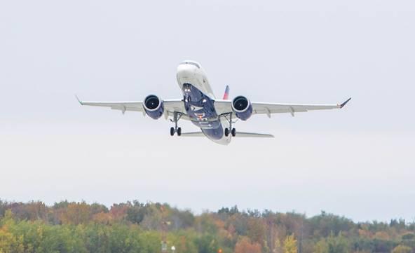 Premier A220-100 de Delta