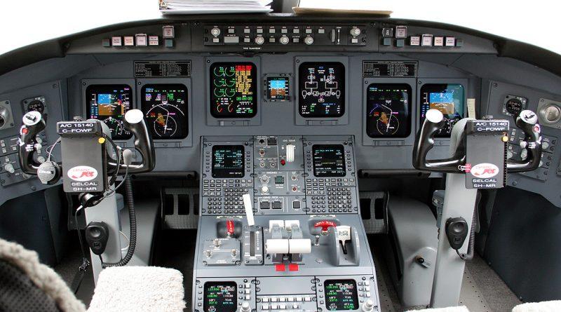 Cockpit CRJ-900