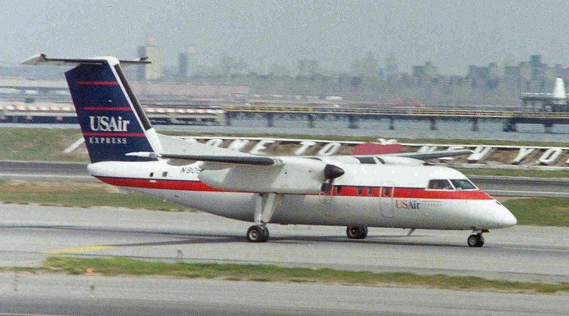 Dash8-100 N805FX serial number 228
