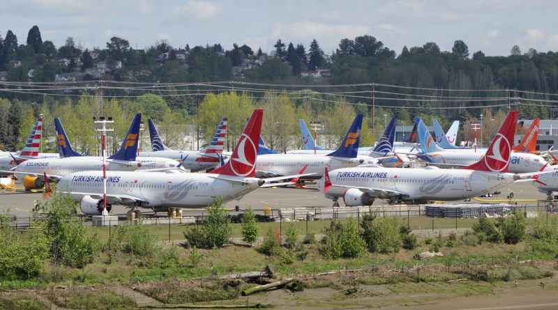 Alors que plus de 500 Boeing 737MAX cloués au sol, un arrêt de pa production est envisagée
