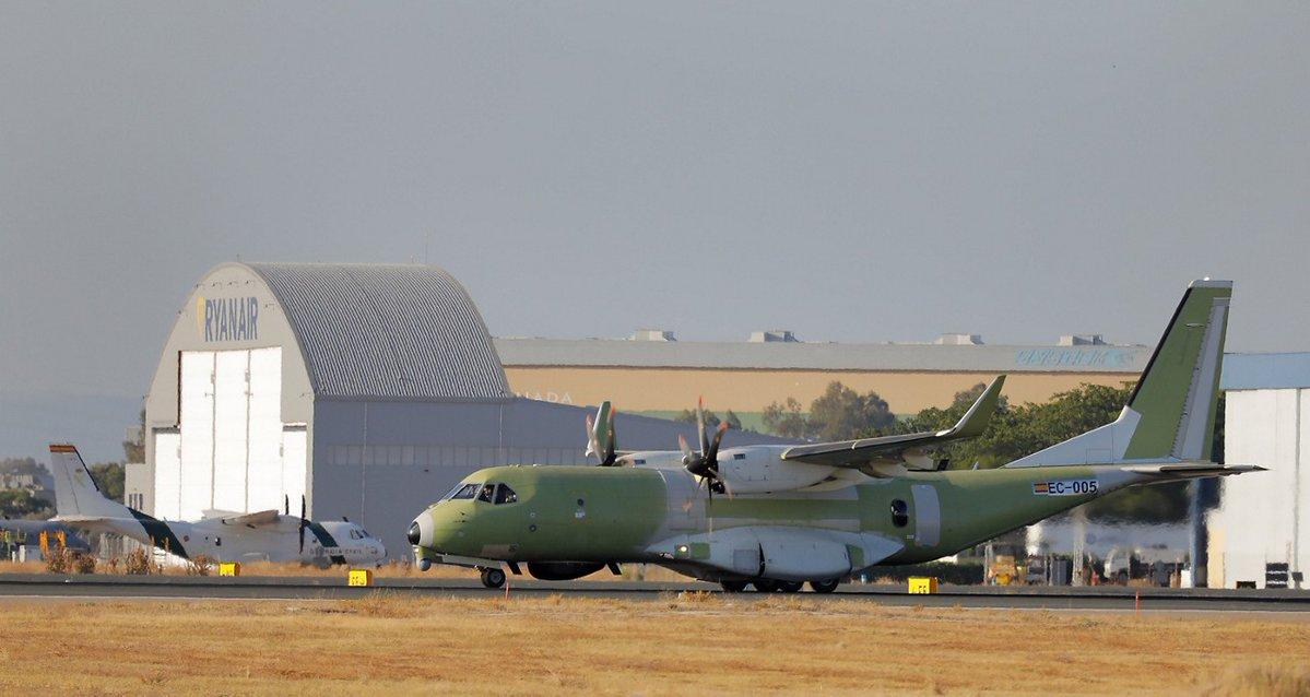CC-295 circulant au sol