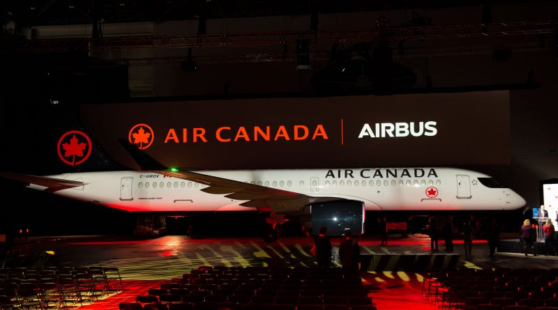 Air Canada célèbre son premier A220 d'Airbus