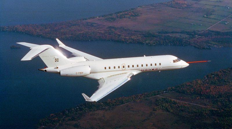 Premier vol / First flight Global Express